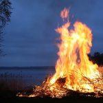 10 Cara Menyalakan Api Ketika Dalam Keadaan Darurat